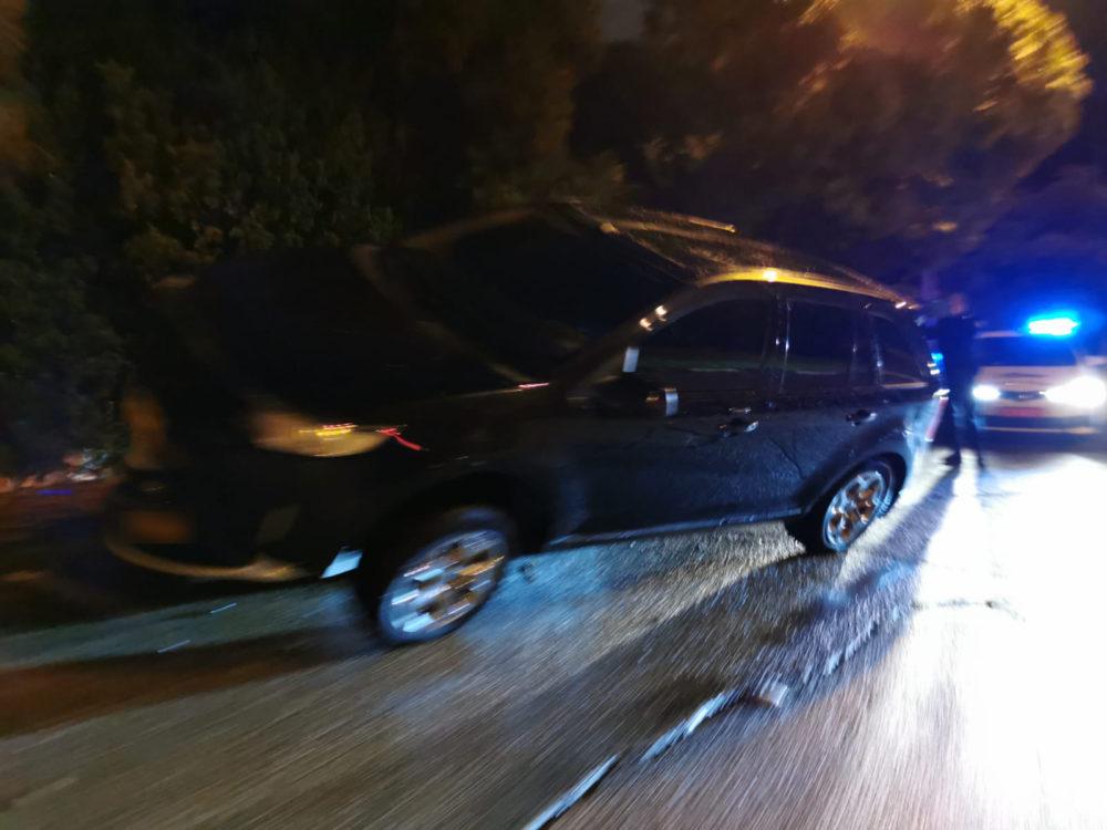 תאונה בדרך צרפת - רכב טיפס על רכב (צילום: חי פה בשטח)
