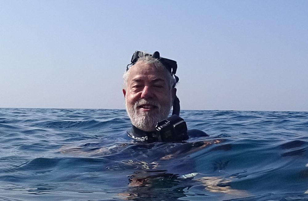 מוטי מנדלסון - צלילה בחופי חיפה בסתיו - שמורת שיקמונה (צילום: ירון כרמי)