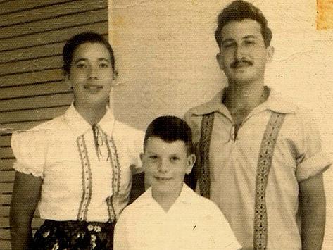 משפחה (צילום: ארכיון מושב צופית, מתוך אתר פיקיוויקי)