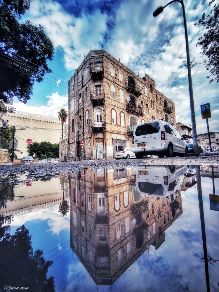 גשם ושלוליות בחיפה (צילום: גלעד שטיין)