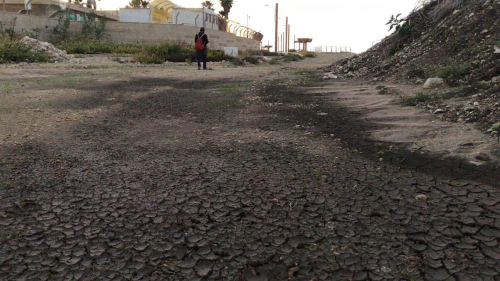 אתר בנייה - טיילת חולדה בחיפה (צילום: ירון כרמי)