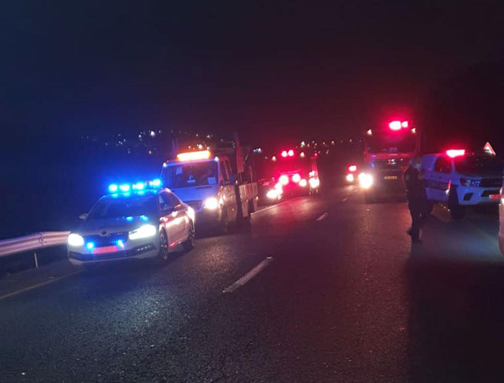 תאונת דרכים בכביש 4 (צילום: משטרת ישראל)