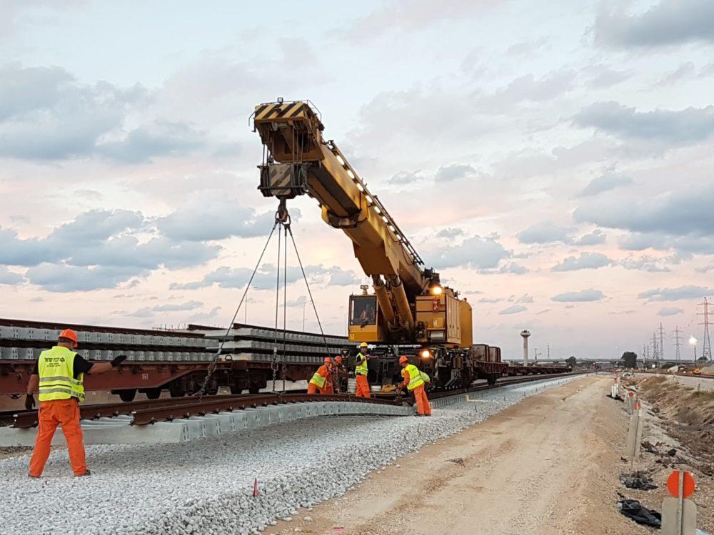 עבודות תשתית ברכבת ישראל (צילום: רכבת ישראל)
