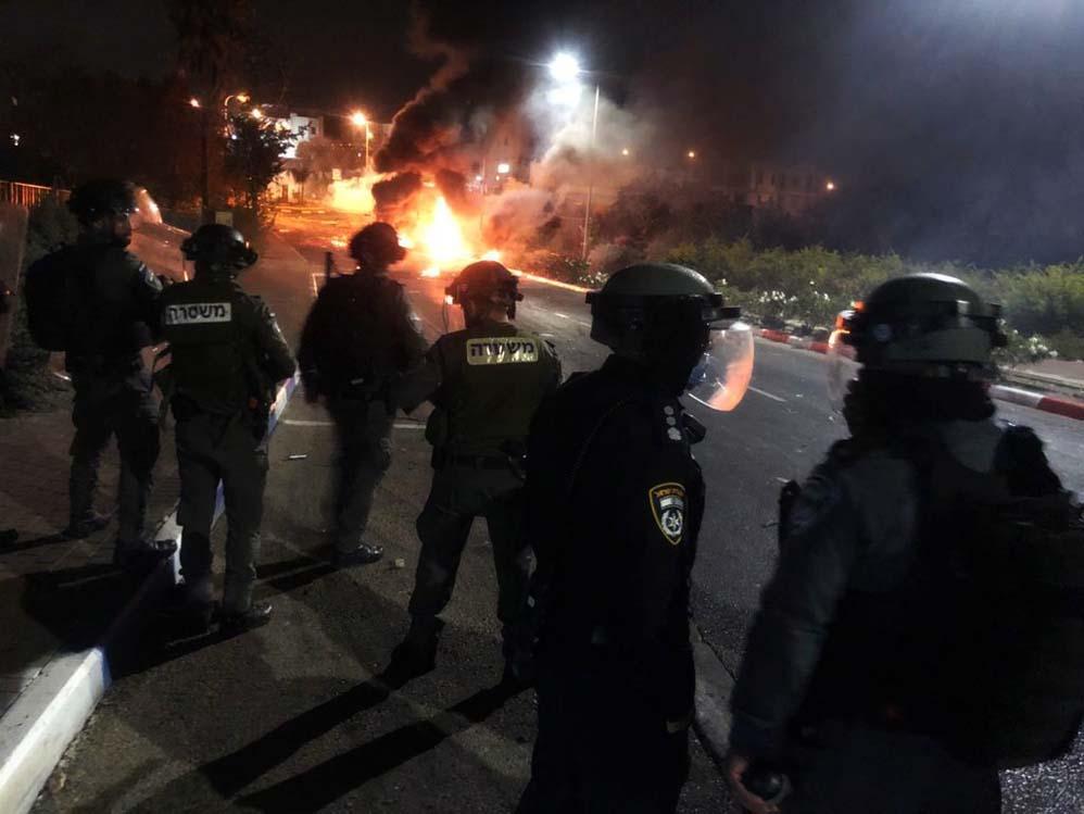 התפרעות אלימה בבסמת טבעון (צילום: משטרת ישראל)