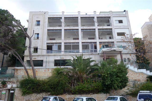 מלון גני דן לשעבר (צילום: מיכאל יעקובוסון)