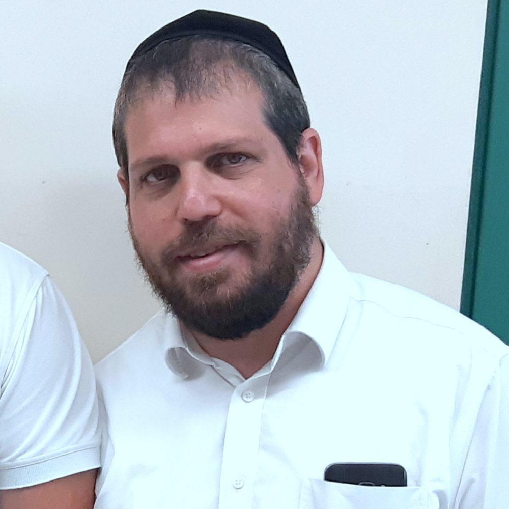 """יעקב (ינקי) אדלר מנכ""""ל עמותת """"ימין סעד"""" בחיפה. (צילום: אדיר יזירף)."""