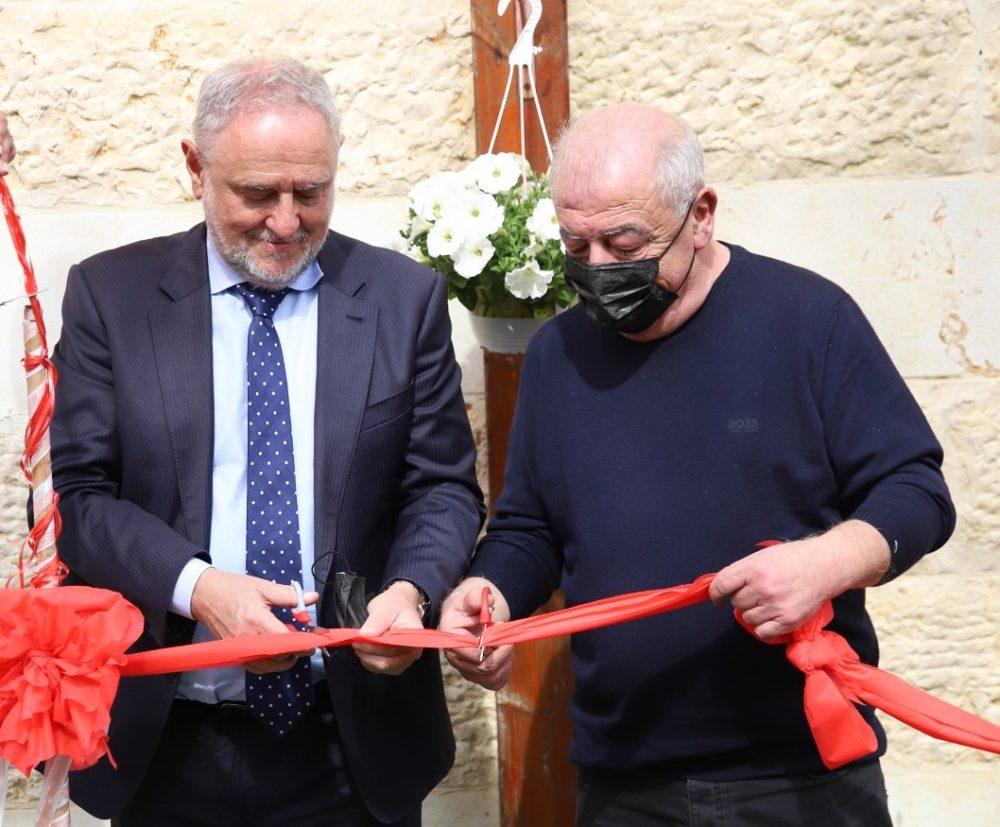 """יו""""ר אלומות אור, רוברט זינגר וראש העיר דוד אבן צור (צילום: דוד אזולאי)"""