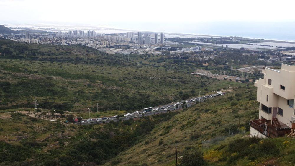 תאונה בדרך פרויד בחיפה (צילום: איילת בר-שץ)