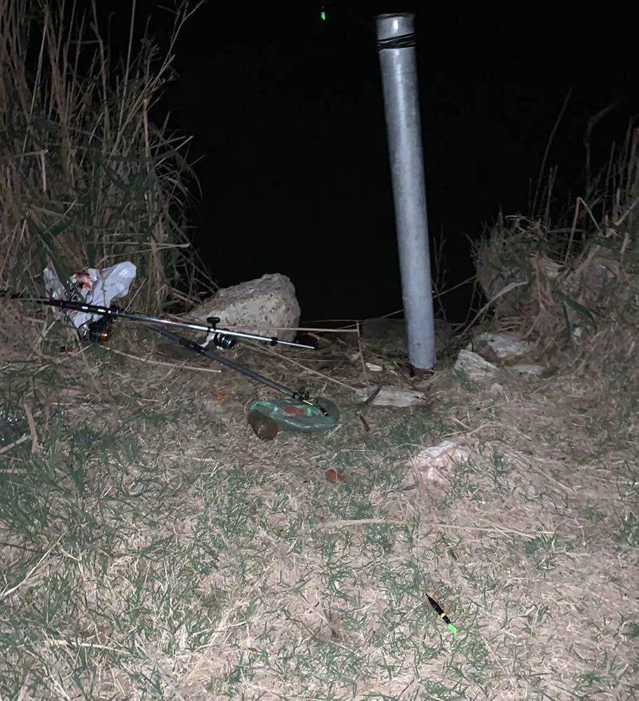 חכות • נתפסו ונעצרו דייגי קרפיונים בבריכות מעגן מיכאל (צילום: משמר הגבול)