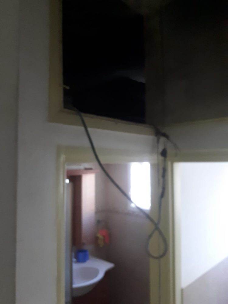 שריפה בדירה בנווה שאנן בחיפה (צילום: כבאות והצלה)