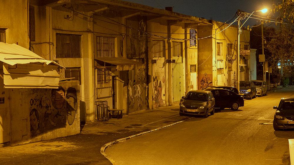 רחוב בסגנון הפאבלות • החצר האחורית של החצר האחורית של חיפה | סיור מצולם בעקבות הפשיעה והביטחון האישי (צילום: ירון כרמי)