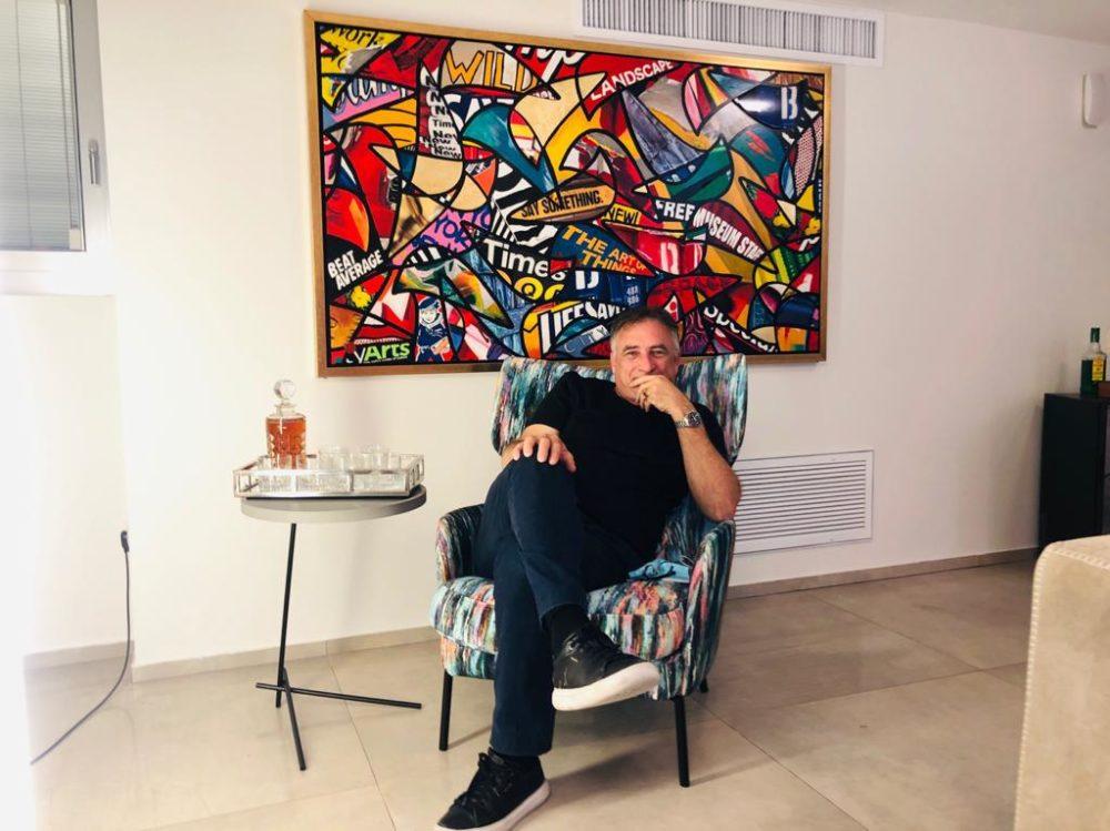גיל גורן בבית פרטי בחיפה (צילום: פרטי)