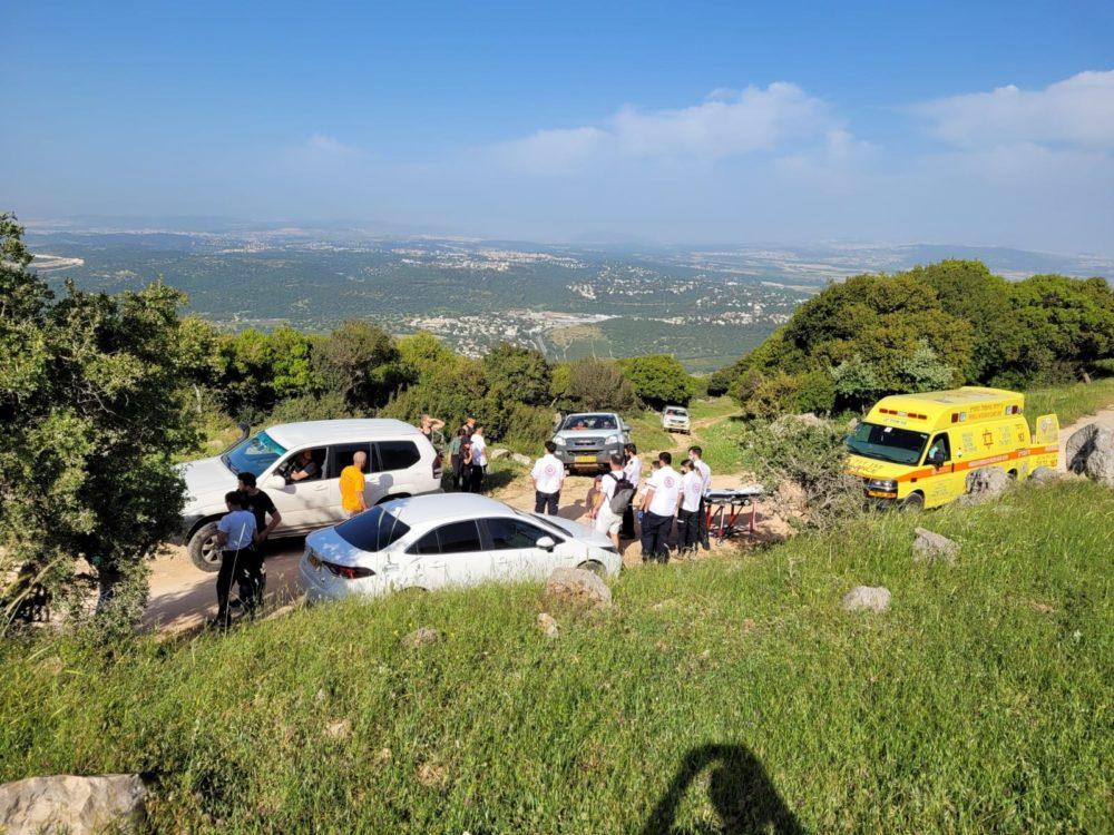 מטייל בן 50 עם חשד לשבר ברגל וחמישה ילדים מיובשים חולצו מהכרמל (צילום: יחידת החילוץ גליל-כרמל)