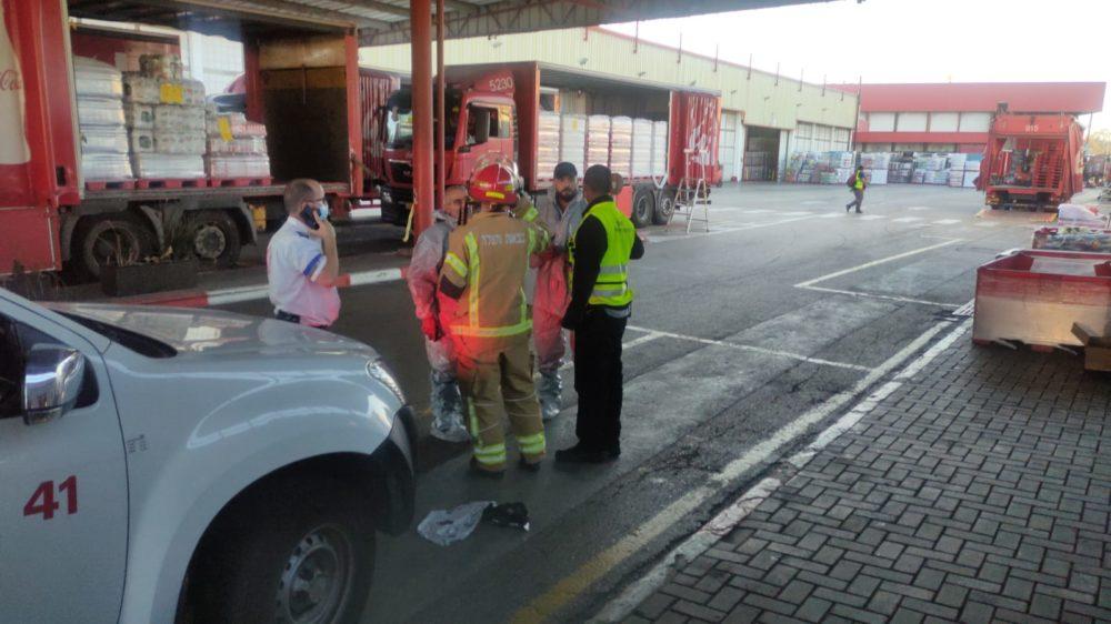 דליפת אמוניה במפעל קוקה קולה חיפה (צילום: כבאות והצלה)