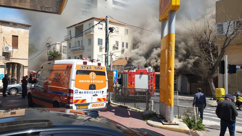 שרפה בחיפה (צילום: איחוד הצלה)