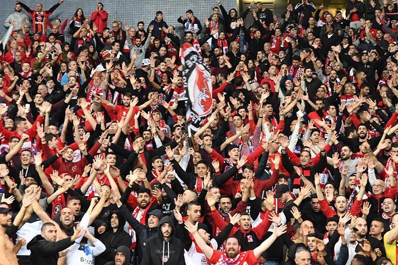 השחקנים צריכים אותם - הקהל האדום (צילום: חגית אברהם)
