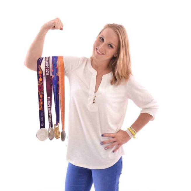 אילנה קרטיש • מאמנת וספורטאית אולימפית בזכות עצמה (אלבום פרטי)