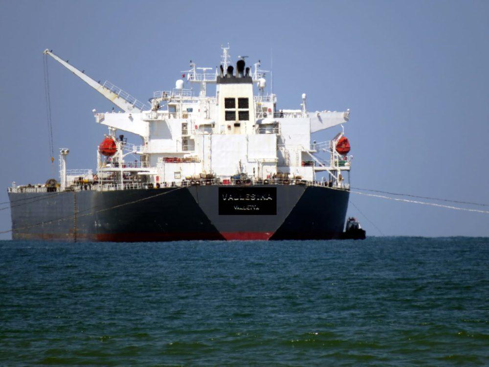 אוניות טנקר   מכלית (צילום: מוטי מנדלסון )