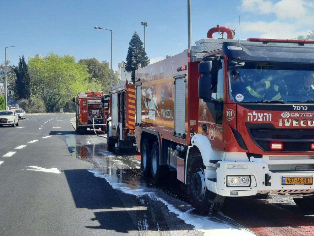 שריפת קוצים בבית הקברות המוסלמי בעיר התחתית בחיפה (צילום: כבאות והצלה)