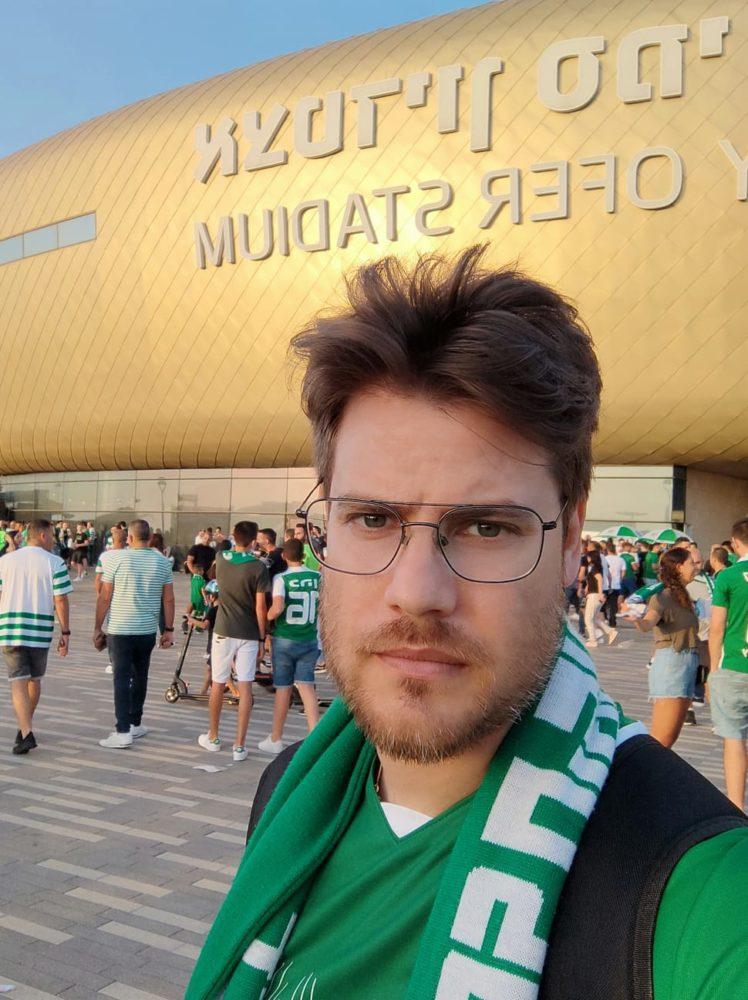 משחק האליפות בין מכבי חיפה לבאר שבע - יונתן פרלמוטר הגיע מרמת גן (צילום: עצמי)