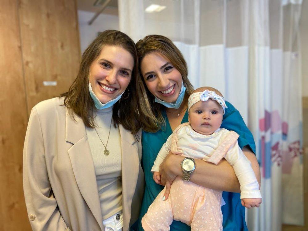 """אביה רחל גל, בר פרטוש-שלוש ובתה אביה (צילום: הקריה הרפואית רמב""""ם)"""