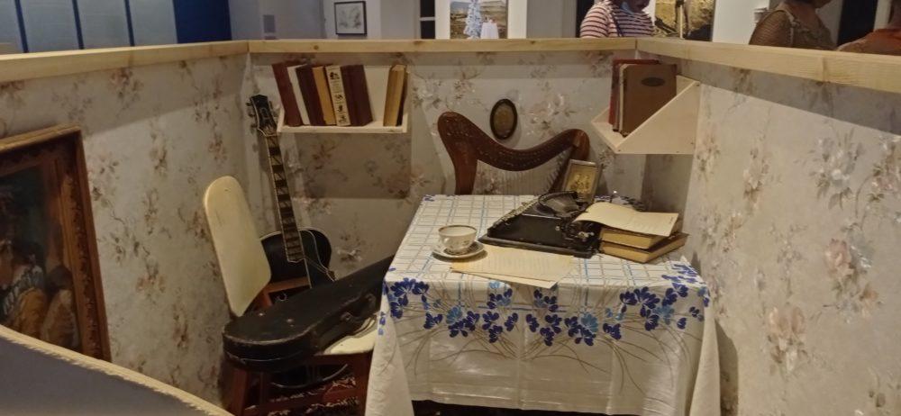 """התערוכה """"פרסטרויקה"""" במוזיאון העיר חיפה (צילום: ויטלינה מוחין)"""
