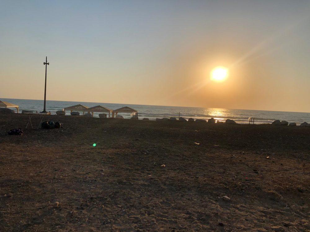 חוף דדו דרום, באותו מצב כפי שהיה לפני שנה (צילום: עדן קליימן)