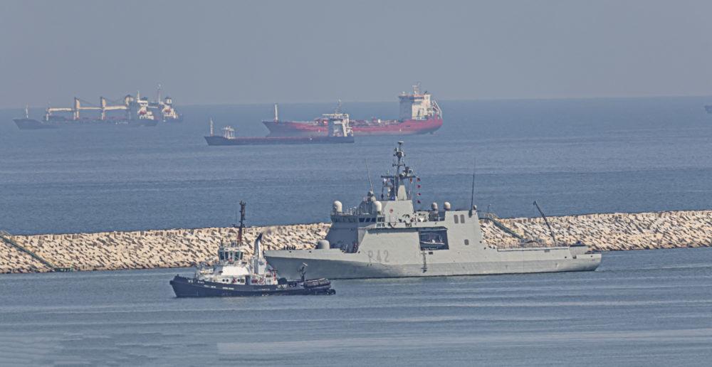 ספינת הפטרול הספרדי Rayo עוגנת בנמל חיפה (צילום: אנתוני הרשקו)
